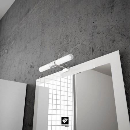 Detalle espejo blanco