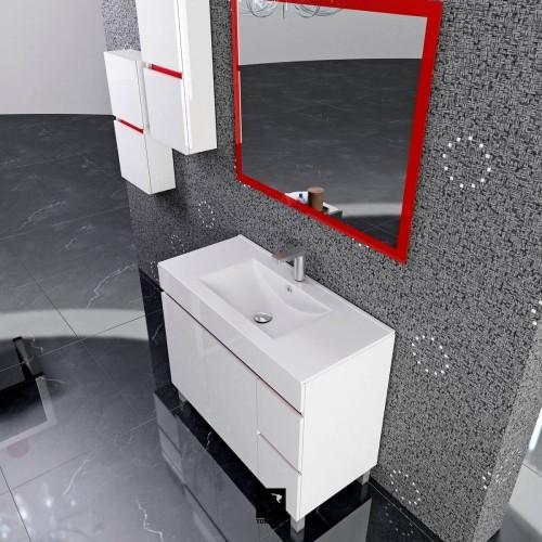 Detalle espejo rojo
